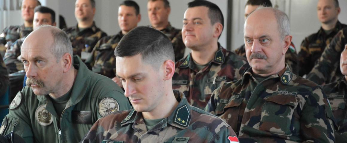 Afganisztáni misszióba készültek Szolnokon